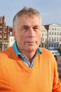 Für-Wismar-Forum, Bürgerschaft Wismar - auf dem Balkon des Rathauses Wismar, im Hintergrund der Marktplatz